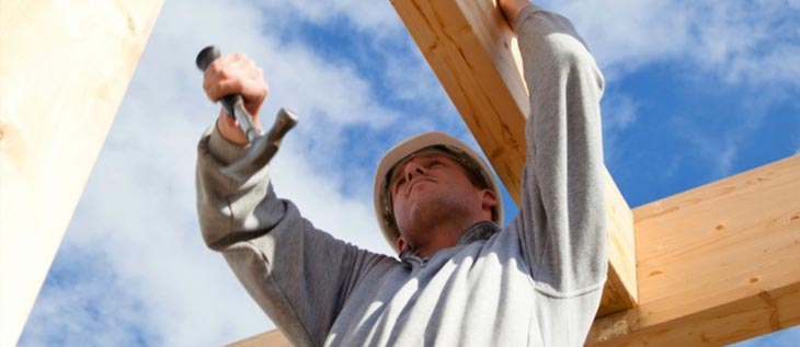 3 injury risks found on a construction site
