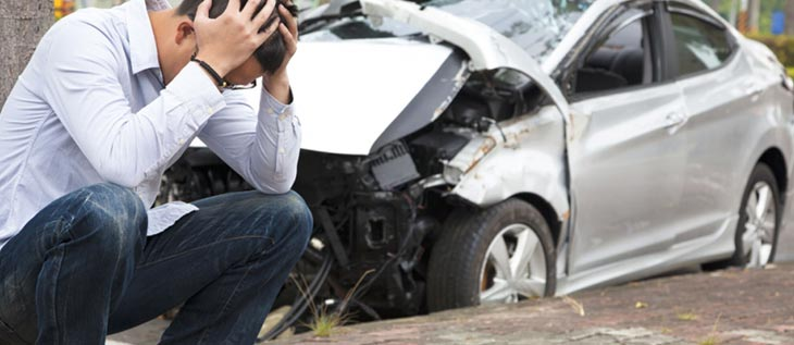 Should You Stay in Your Vehicle After a Crash?